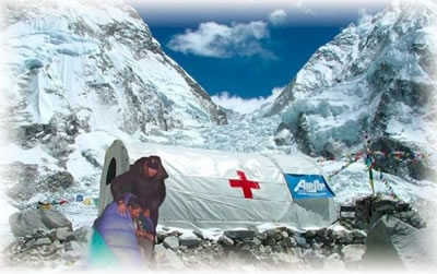 Rescue on Everest, Freer